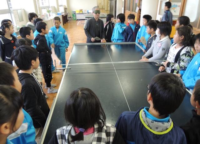 サウンドテーブルテニスを教わりました。この後、皆でやってみました。